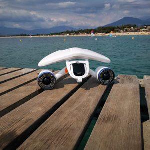 location-scooter-sous-marin-white-shark-mix-nauticaloc-porticcio-4